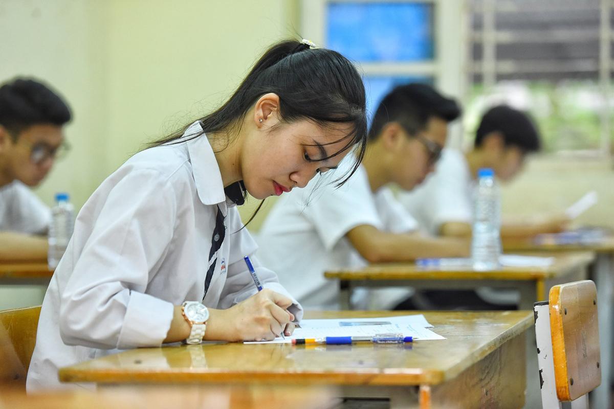 Thí sinh thi THPT quốc gia năm 2020 tại Hà Nội. Ảnh: Giang Huy.