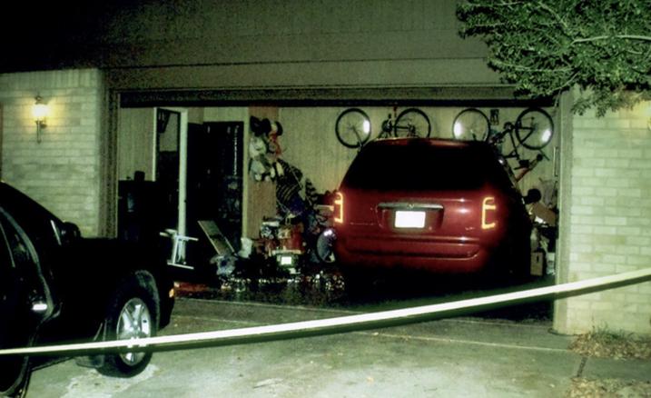 Gara nhà Brenda nơi vụ án mạng xảy ra. Ảnh: Oxygen.