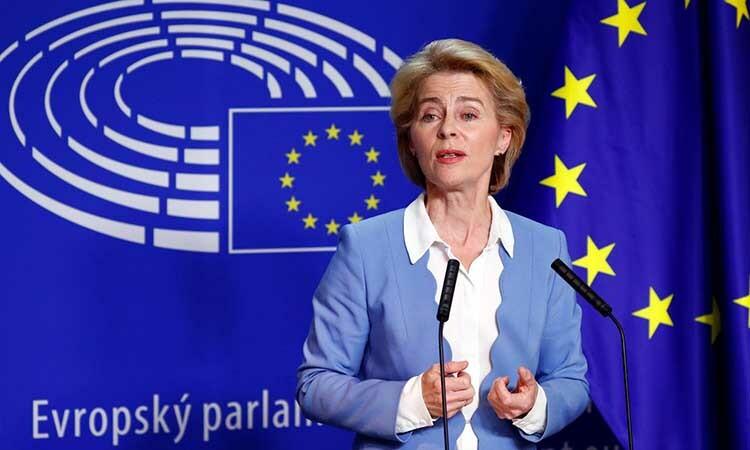 Chủ tịch Ủy ban châu ÂuUrsula von der Leyen phát biểu tại Brussels, Bỉ, tháng 7/2019. Ảnh: Reuters.