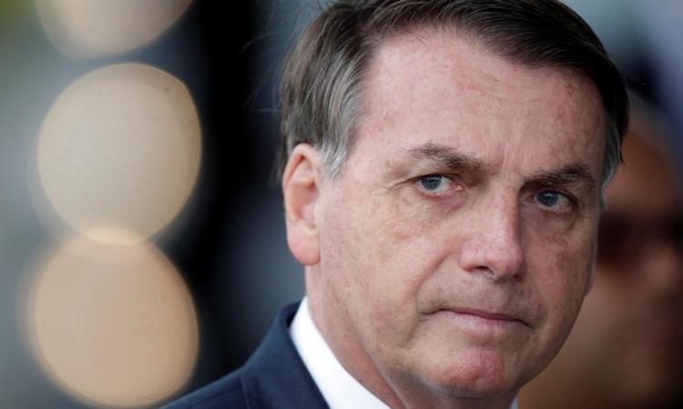 Tổng thống Brazil Jail Bolsonaro tạiBrasilia hôm 20/4. Ảnh: Reuters.