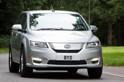 Chiếc xe điện E6 của BYD.