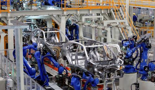 Dây chuyền lắp ráp tại nhà máy BYD ở Trung Quốc. Ảnh: SCMP.