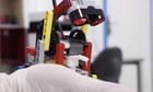 Dung lego che robot rua tay - Covid-19