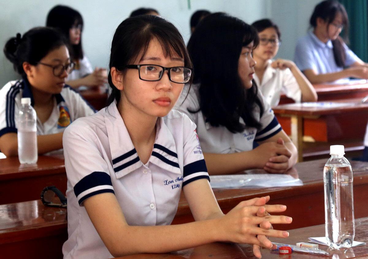 Thí sinh TP Biên Hòa, Đồng Nai thi THPT quốc gia năm 2018. Ảnh: Phước Tuấn.