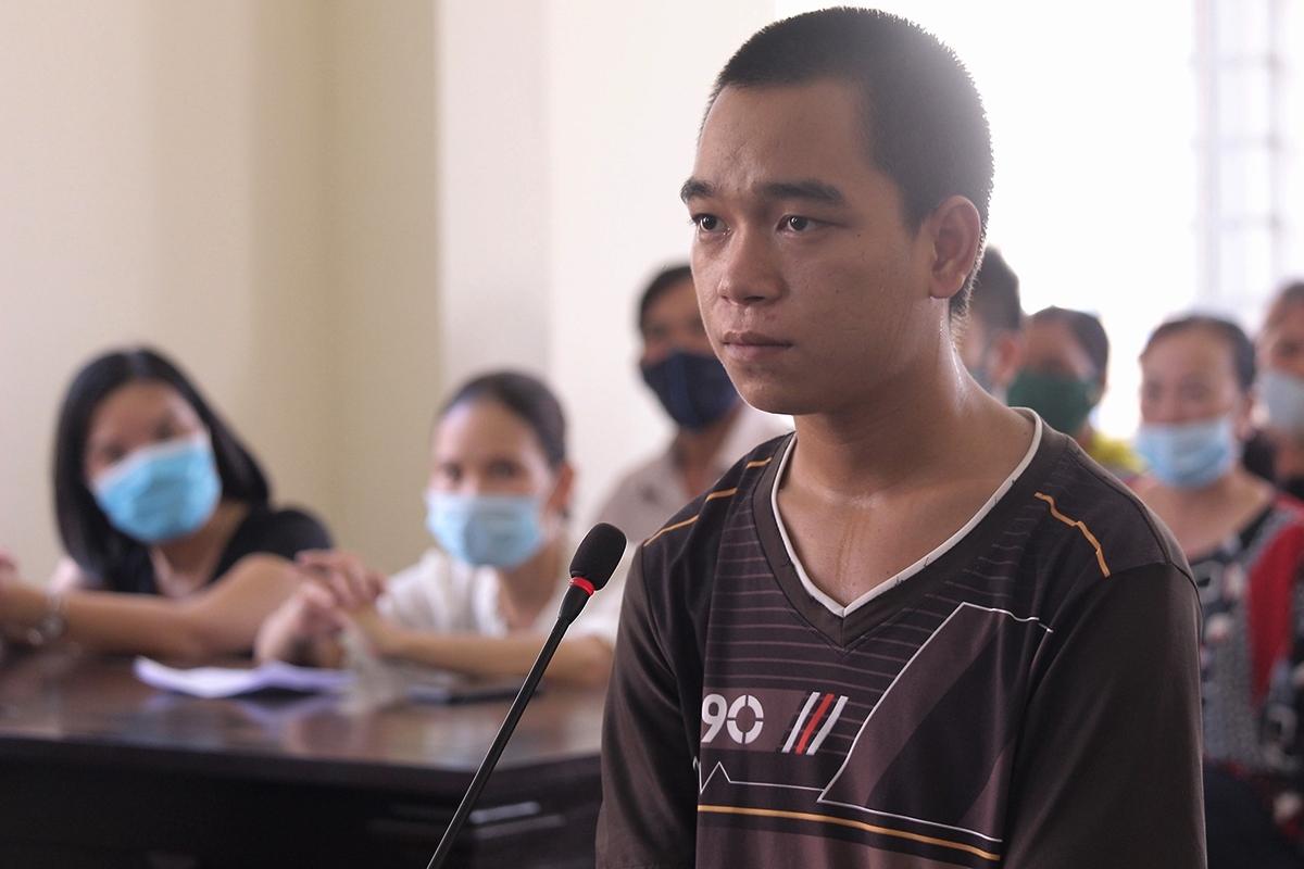 Chu Văn Tùng tại tòa hôm 8/5. Ảnh: Ngọc Oanh.