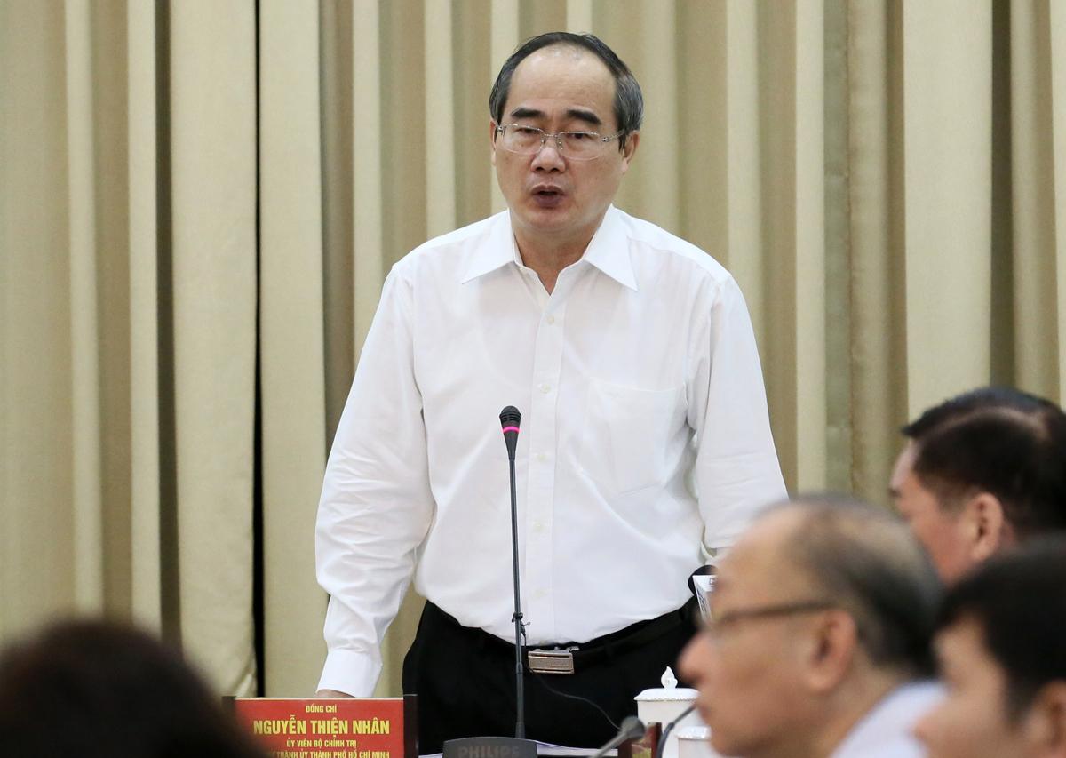Bí thư Thành uỷ TP HCM Nguyễn Thiện Nhân phát biểu tại cuộc họp ngày 8/5. Ảnh: Trung tâm báo chí.