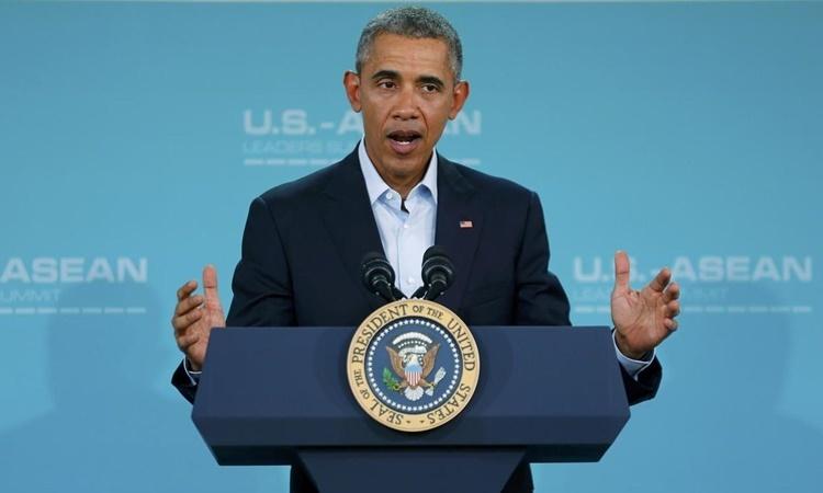 Cựu tổng thống Mỹ Barack Obama phát biểu tại một sự kiện ở Rancho Mirage, California, tháng 2/2016. Ảnh: Reuters.