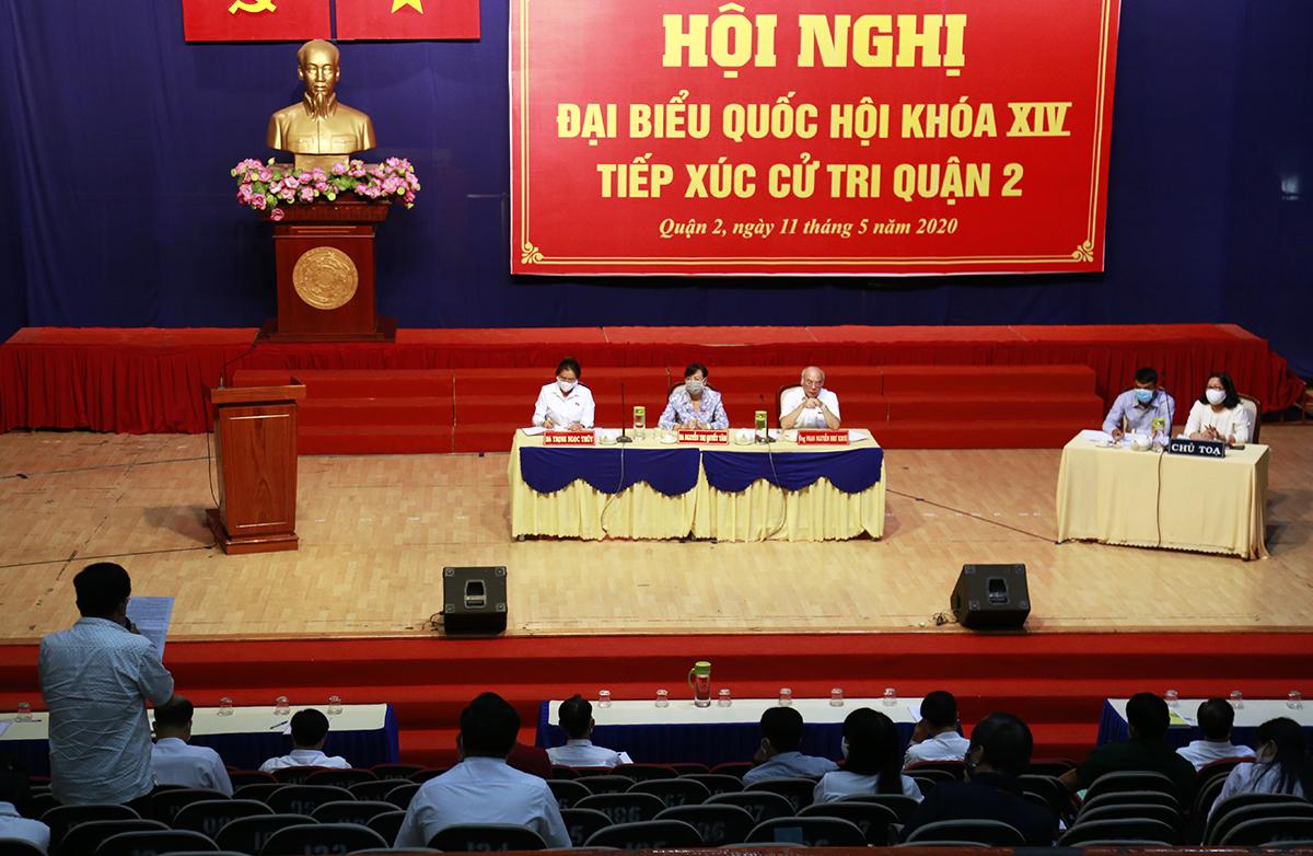 Ban tổ chức chỉ mời 90 cử tri của 11 phường để đảm bảo quy định phòng chống Covid-19. Ảnh: Trung Sơn