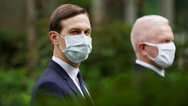 Jared Kushner, con rể của Tổng thống Trump, tham dự cuộc họp báo tại Nhà Trắng ngày 11/5. Ảnh: Reuters.