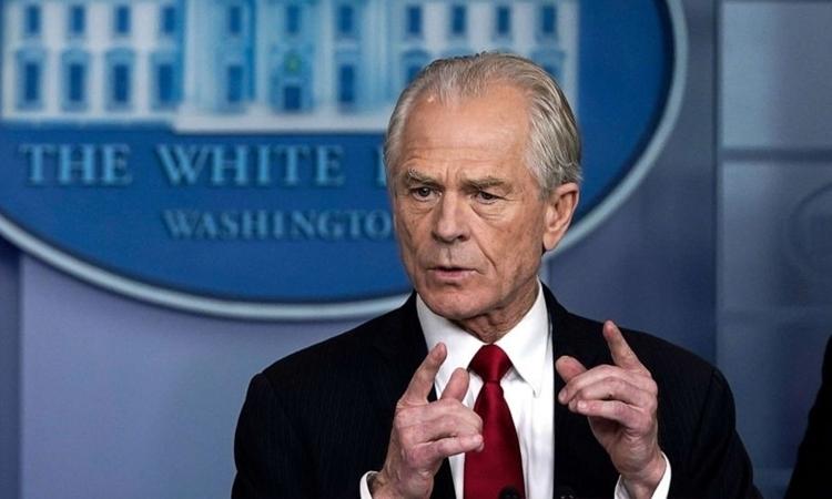 Navarro trong cuộc họp báo về Covid-19 tại Nhà Trắng hôm 27/3. Ảnh: ABC.