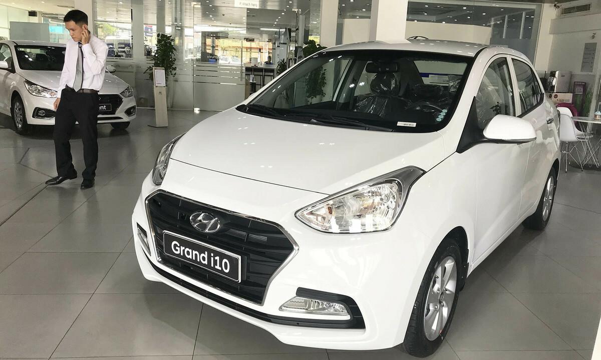 Một mẫu Hyundai i10 sedan lắp ráp trong nước, trưng bày tại đại lý ở quận Thủ Đức, TP HCM. Ảnh: Thành Nhạn