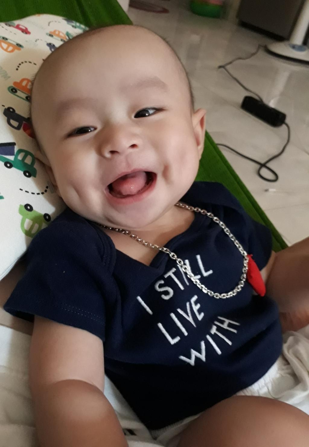 Em bé hay cười - 6