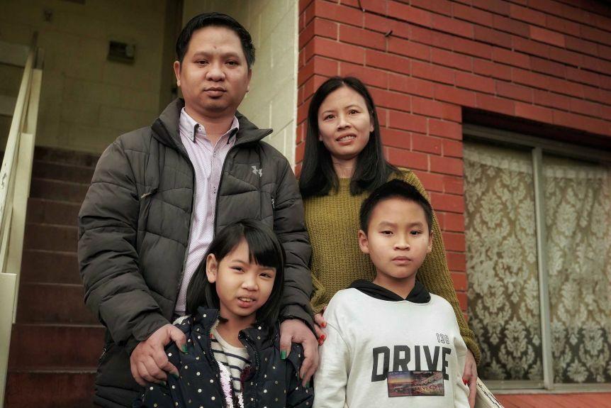 Gia đình Jacky Pham ởSandy Bay, ngoại ô thành phốHobart, thủ phủbang Tasmania, Australia. Ảnh: ABC News