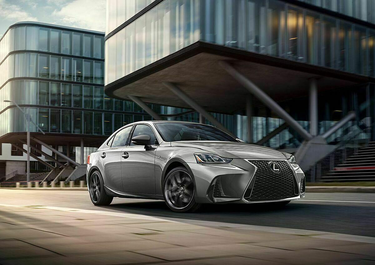 Lexus IS thế hệ hiện tại. Ảnh: Lexus