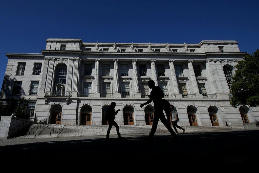 Đại học California, Berkeley, vào tháng 3. Ảnh: Jeff Chiu / NY Times