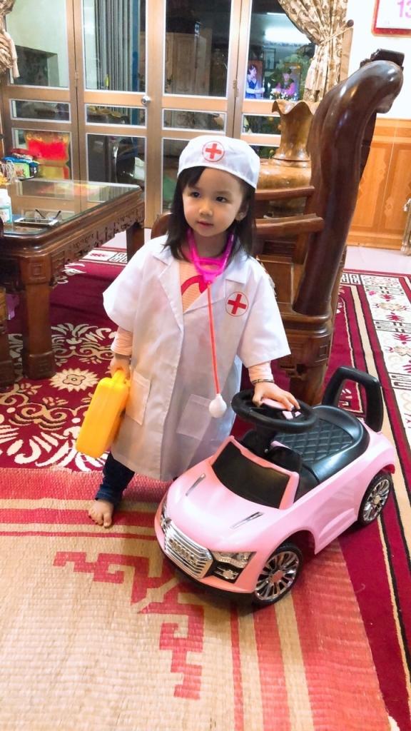 Con thích làm bác sĩ
