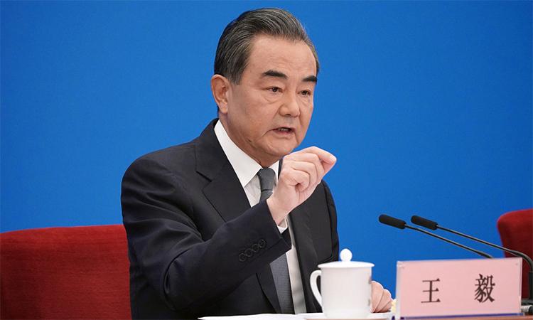 Ngoại trưởng Trung Quốc Vương Nghị phát biểu trong cuộc họp báo tại Bắc Kinh, ngày 24/5. Ảnh: Xinhua.