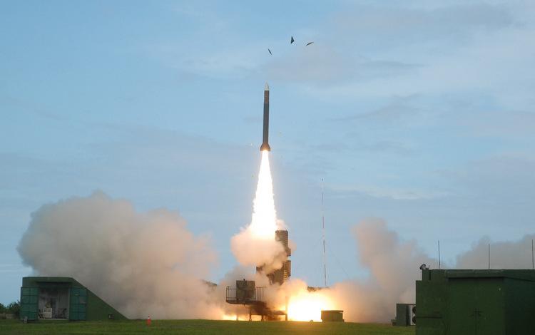 Tên lửa Thiên Cung 3 trong một đợt bắn thử. Ảnh: Taiwan News.