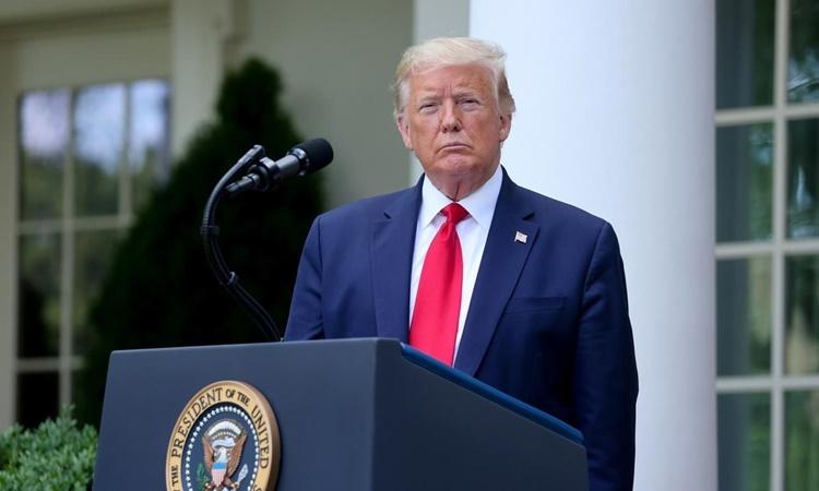 Tổng thống Mỹ Donald Trump phát biểu tại Vườn Hồng, Nhà Trắng, ngày 26/5. Ảnh: Reuters.