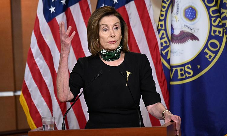 Chủ tịch Hạ viện Mỹ Nancy Pelosi phát biểu tại trụ sở quốc hội ở thủ đô Washington hôm 14/5. Ảnh:Reuters.