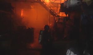 Cháy xưởng sản xuất đồ bảo hộ lao động