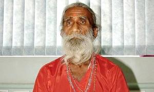 Tranh cãi về tu sĩ Ấn Độ 80 năm sống nhờ 'khí trời'