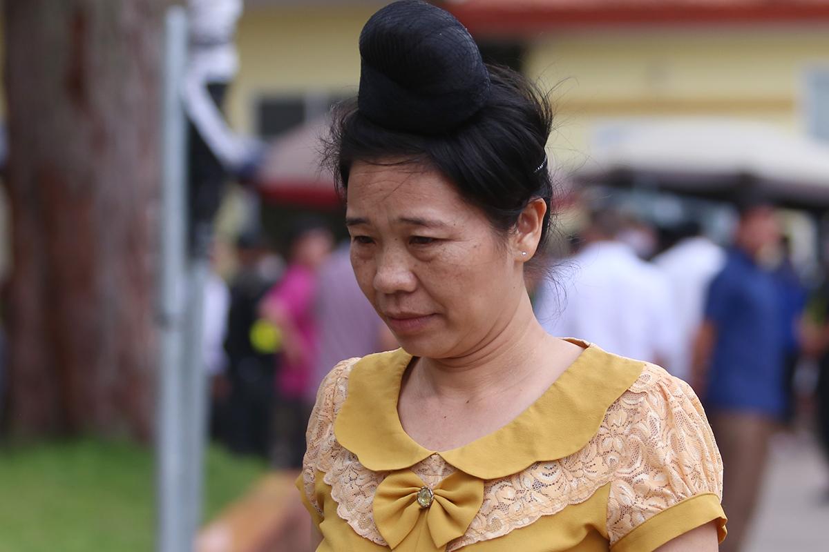 Bà Trường được trả tự do ngay tại tòa để về nhà trong trưa 29/5. Ảnh: Phạm Dự