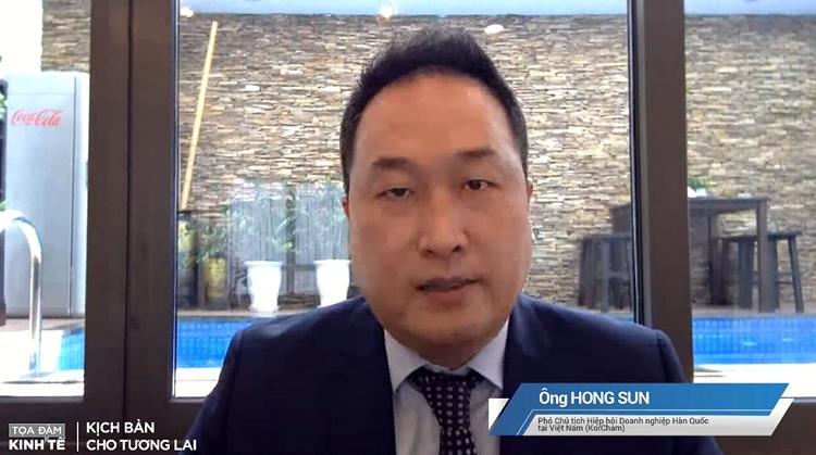 Ông Hong Sun, Phó Chủ tịch KorCham, một diễn giả trong chương trình.