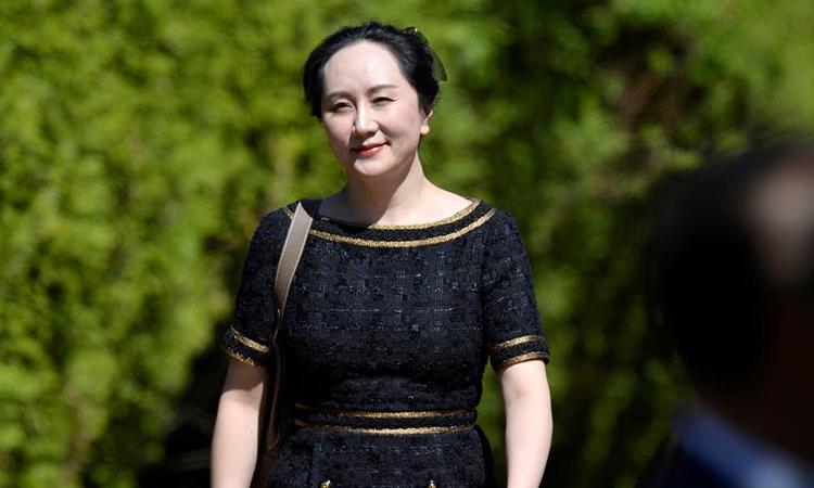 Mạnh Vãn Chu đến tòa án ởVancouver, British Columbia, Canada, hôm 27/5. Ảnh: Reuters.