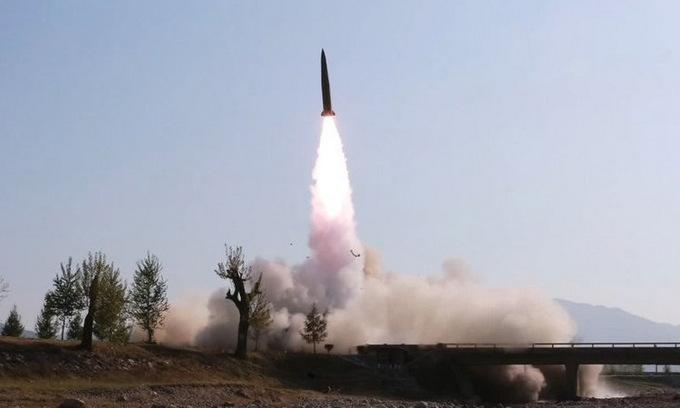 Tên lửa đạn đạo tầm ngắn Triều Tiên phóng hồi giữa năm ngoái. Ảnh:KNCA.
