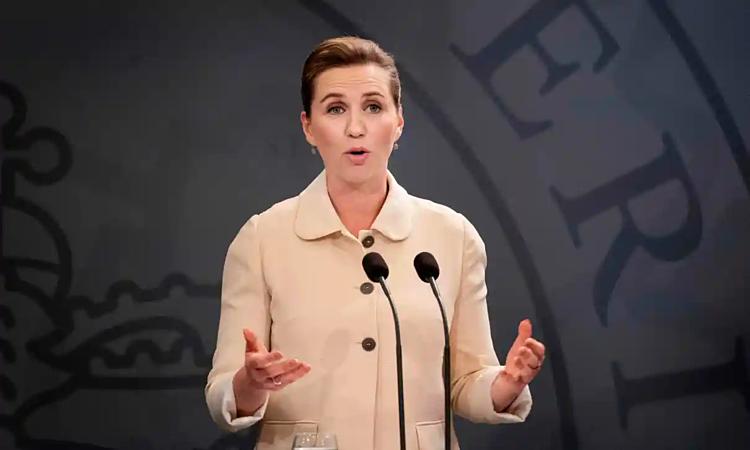 Thủ tướng Đan MạchMette Frederiksen phát biểu về quyết định hạn chế công dân Thụy Điển nhập cảnh trong cuộc họp báo hôm 29/5 tại Copenhagen. Ảnh: AFP.