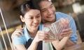 Đưa 20 triệu mỗi tháng, vợ tôi không tiết kiệm đồng nào