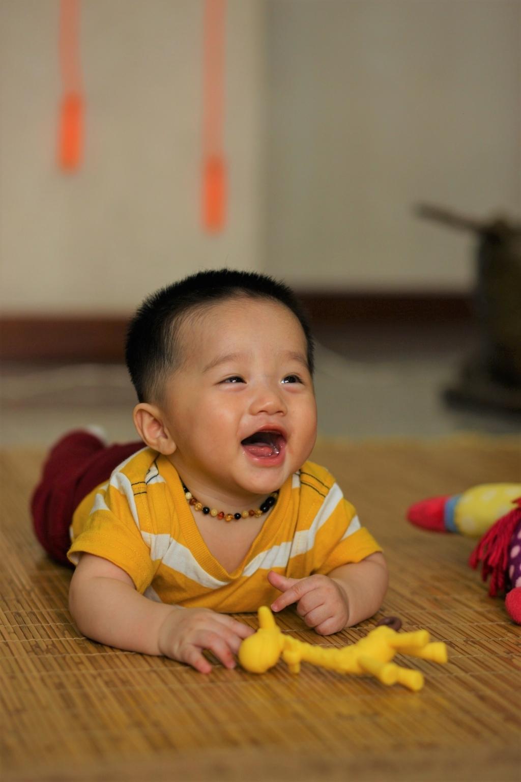 Henry 6 tháng tuổi ăn dặm - 1