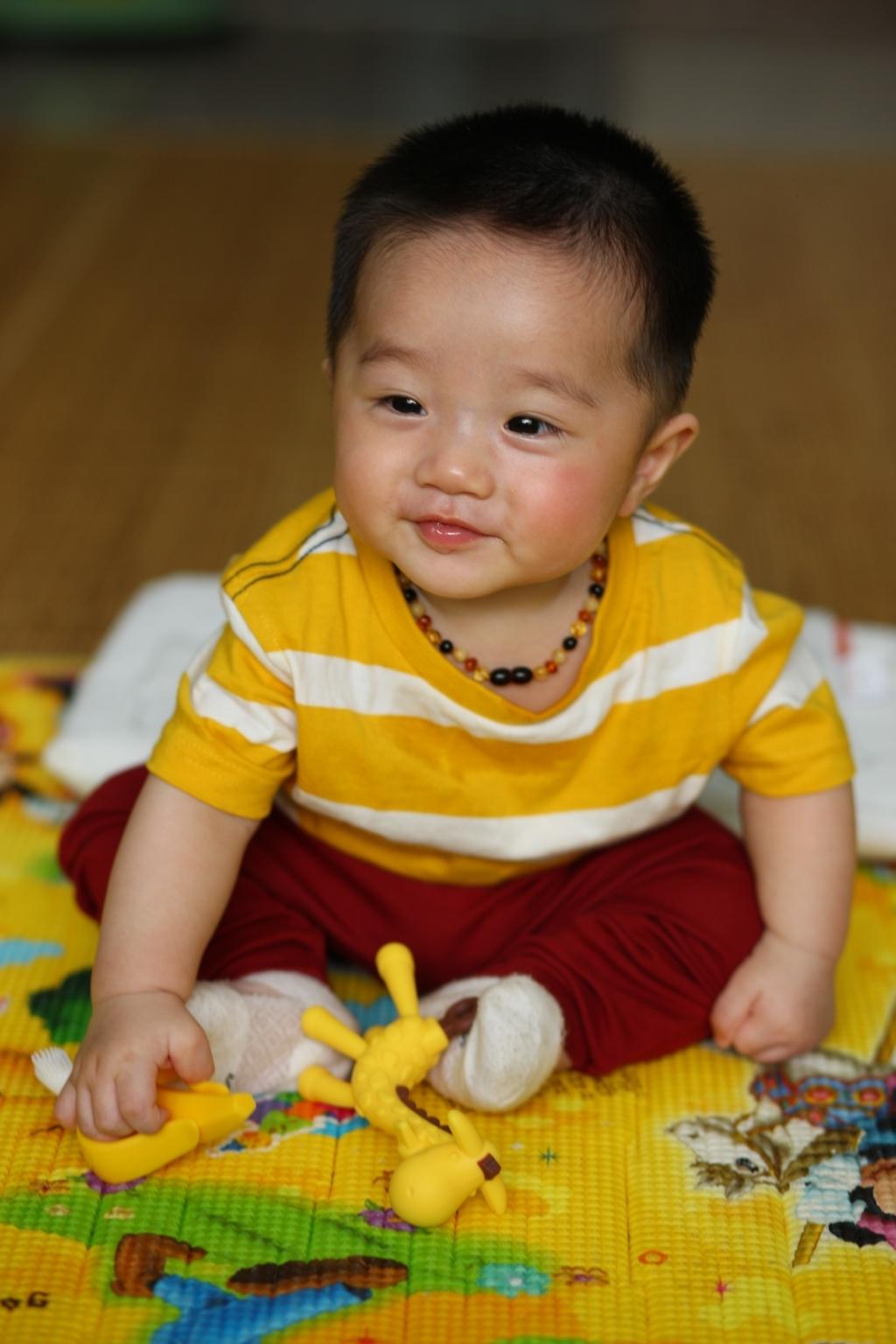 Henry 6 tháng tuổi ăn dặm - 5