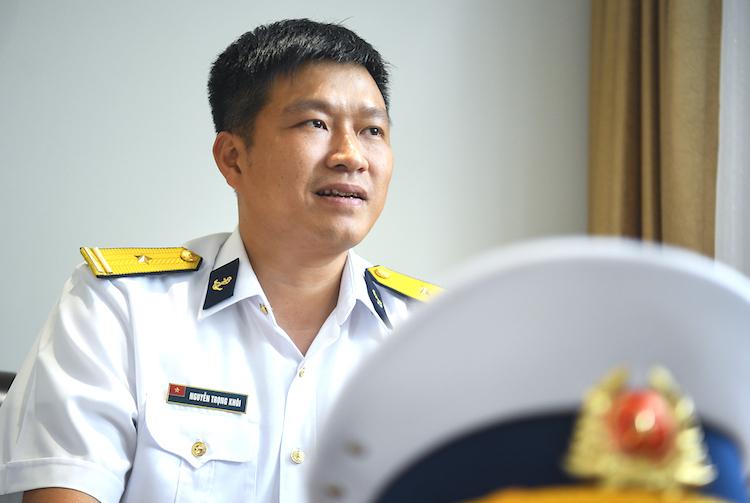 Thiếu tá Nguyễn Trọng Khôi, thuyền trưởng tàu ngầm HQ-182 Hà Nội. Ảnh: Giang Huy