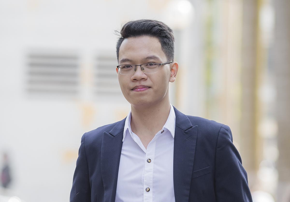 Phùng Nhật Minh vừa tốt nghiệp Đại học Bách khoa Hà Nội. Ảnh: Nhân vật cung cấp.