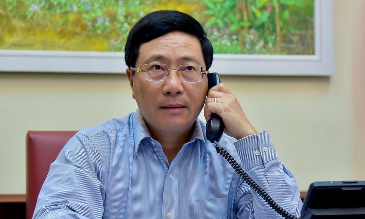 Phó thủ tướng Phạm Bình Minh trong cuộc điện đàm chiều 1/6. Ảnh: Bộ Ngoại giao.