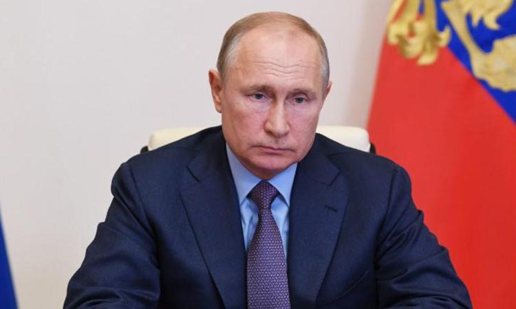 Tổng thống Putin tại cuộc họp trực tuyến về sự cố tràn dầu ở Moskva, Nga, hôm 3/6. Ảnh: Reuters.