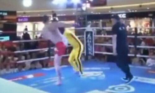 Nam sinh thành trò cười khi đấu với võ sĩ MMA - 3