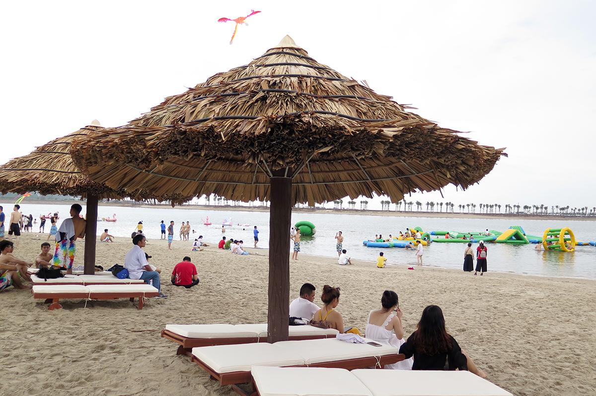 Bãi biển nhân tạo dài hơn 1km, rộng 23ha tại Khu du lịch quốc tế Đồi Rồng, Đồ Sơn chính thức mở cửa đón khách từ ngày 6/6. Ảnh: Giang Chinh