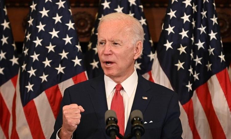 Cựu phó tổng thống Mỹ Joe Biden phát biểu về tình trạng bất ổn quốc gia do biểu tình tại thành phố Philadelphia, bang Pennsylvania hôm 2/6. Ảnh: AFP.