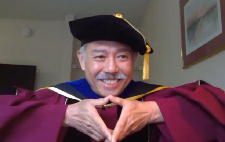 GS Trương Nguyện Thành phát biểu trực tuyến với sinh viên Việt tốt nghiệp tại Mỹ năm 2020. Ảnh chụp màn hình.