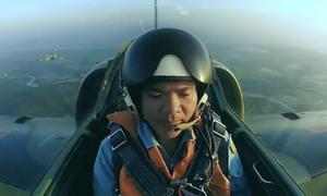 Huấn luyện bay cho phi công quân đội