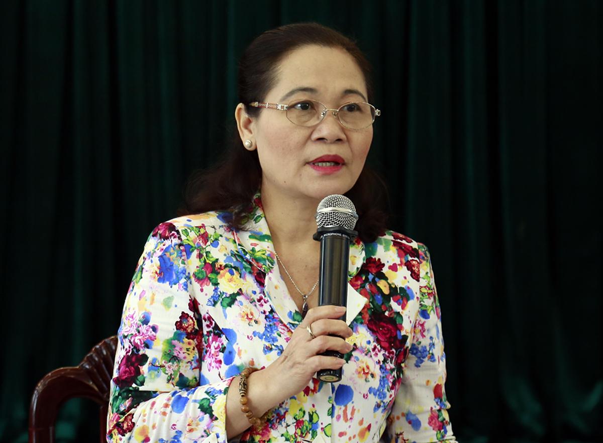 Chủ tịch HĐND TP HCM Nguyễn Thị Lệ phát biểu tại cuộc họp. Ảnh: Hữu Công