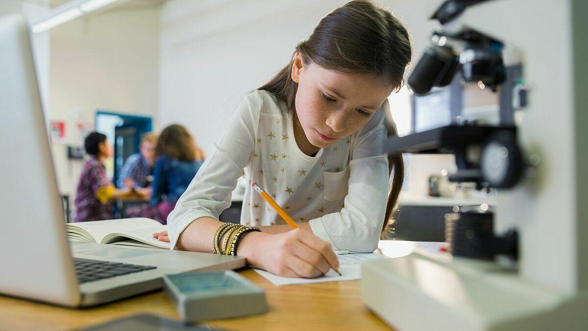 Phương pháp giáo dục STEM giúp trẻ tiếp nhận kiến thức tổng hợp. Ảnh:Hero Images