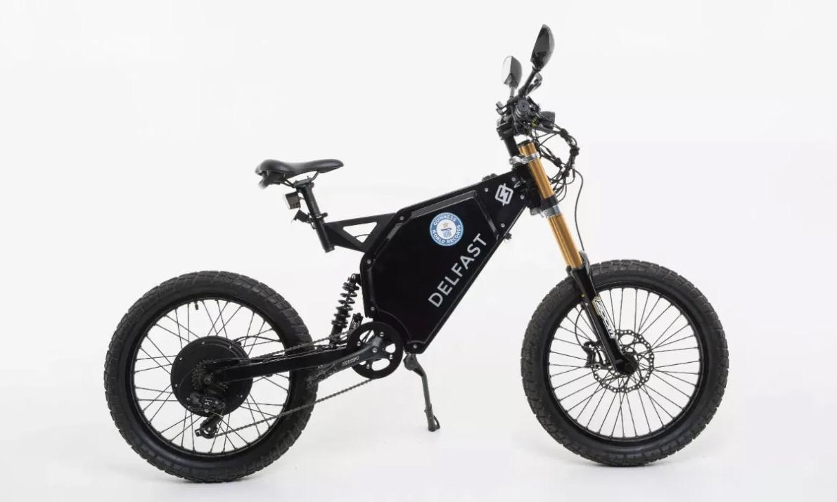 Phiên bản mới Top 3.0 với những đặc điểm vượt trội so với xe đạp điện thông thường. Ảnh: Delfast