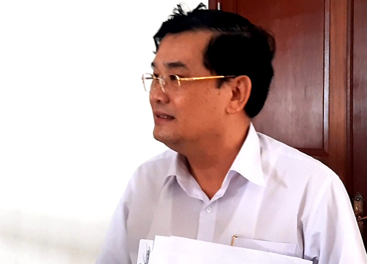 Thẩm phán Lê Thành Văn sau phiên giám đốc thẩm chỉ kéo dài một giờ, chiều 12/6. Ảnh: Hải Duyên.