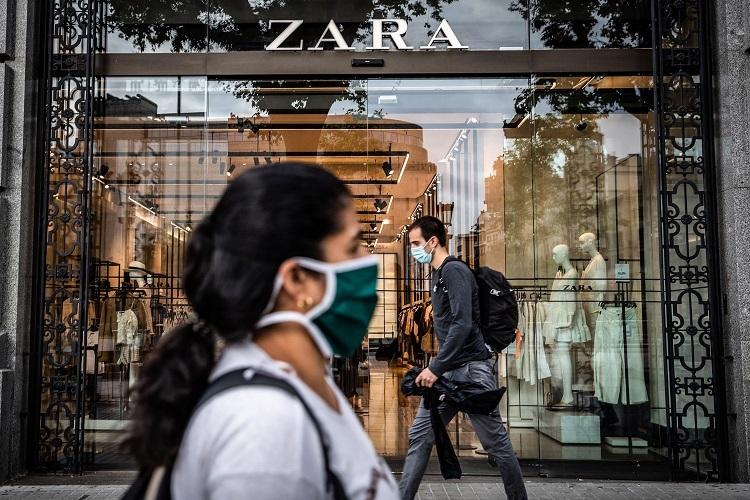Một cửa hàng Zara bị đóng cửa do Covid-19. Ảnh:Bloomberg via Getty Images.
