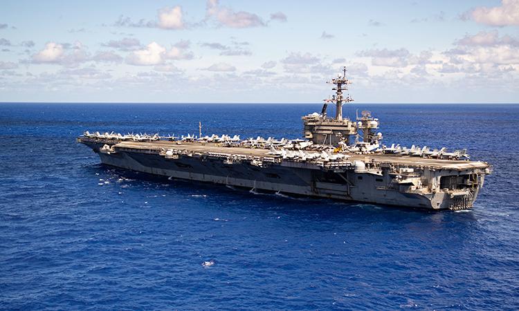 Tàu sân bay USS Theodore Roosevelt tiến vào Biển Philippine, ngày 11/6. Ảnh: US Navy.