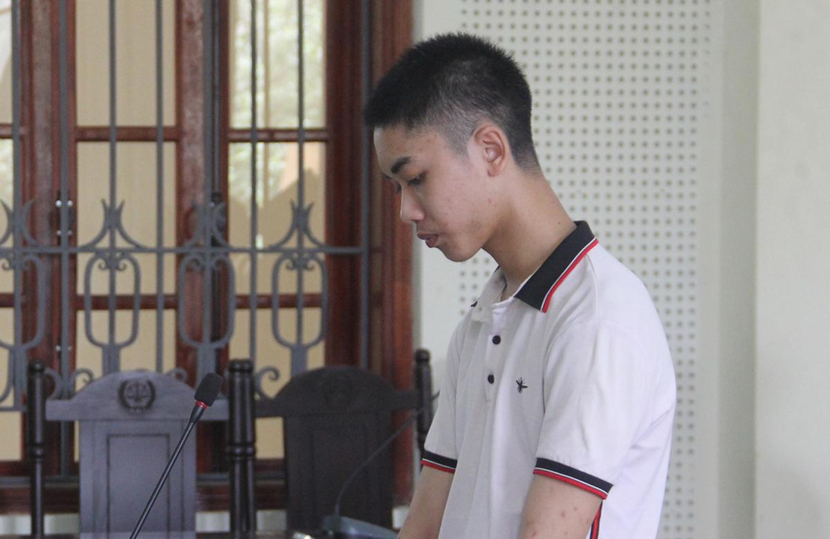 Bị can Nguyễn Xuân Ngọc tại tòa.